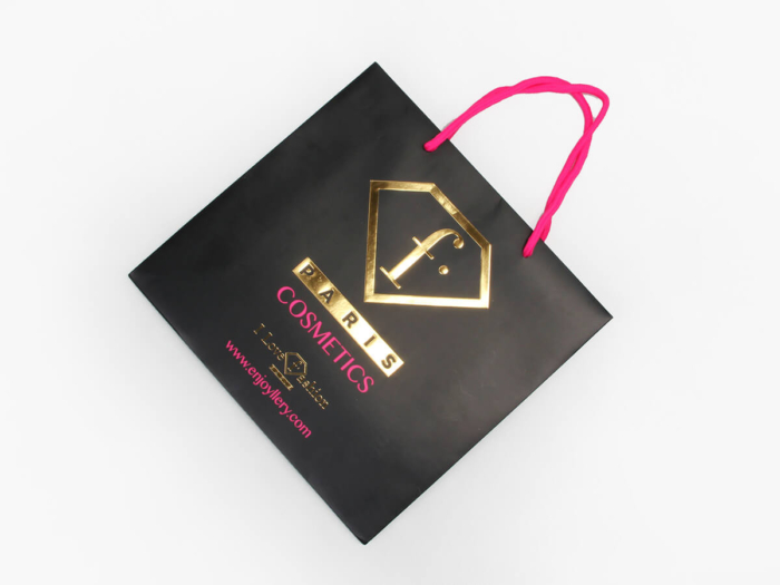 Fashion Black Cosmetic Paper Shopping Bags Folding Way