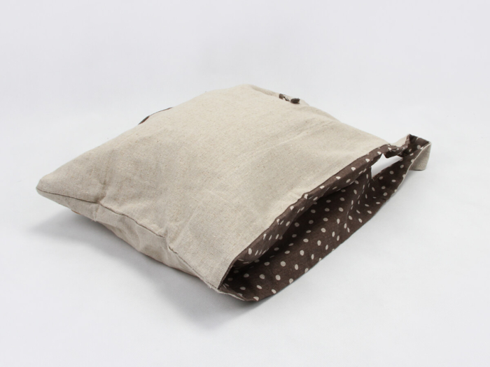 Linen Vest Carrier Bags Side Detail