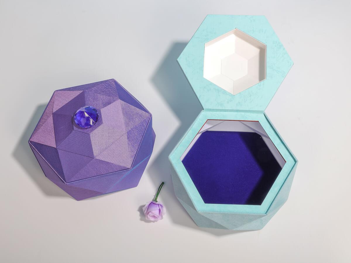 Luxury Tiara Jewelry Packaging Boxes Open Way