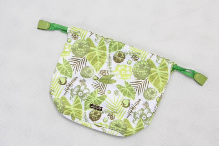 Natural Style Design Polyester Cosmetic Bags With Drawstring Closure folding