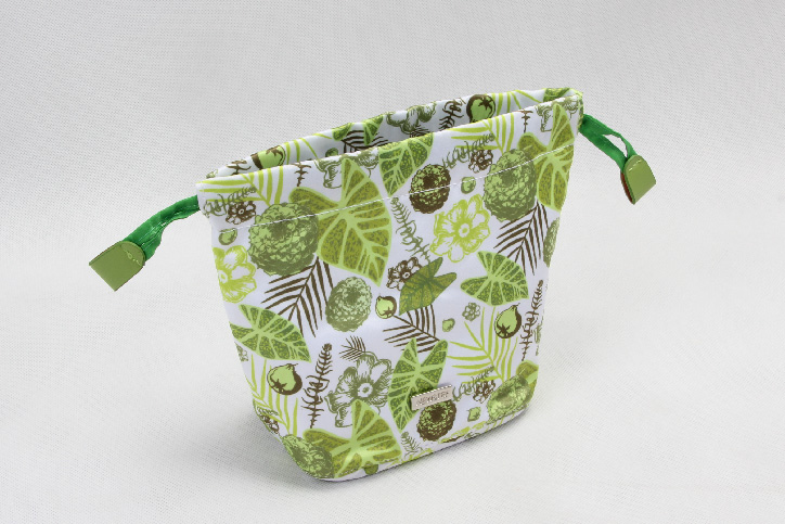 Natural Style Design Polyester Cosmetic Bags With Drawstring Closure side