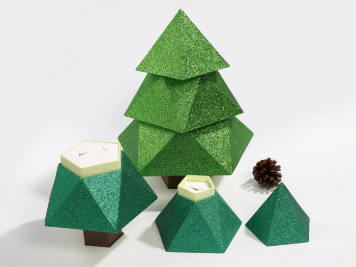 Original Christmas Tree Chocolate Packaging Boxes Open Way