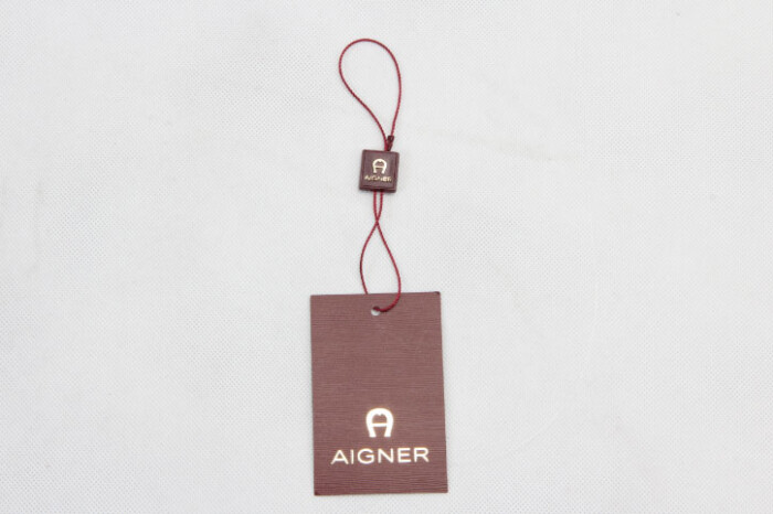 Personalized Clothing Hangtags With Hanging Tablets style