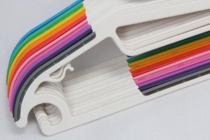 Plastic Coating Stainless Steel Garment Hangers Set material
