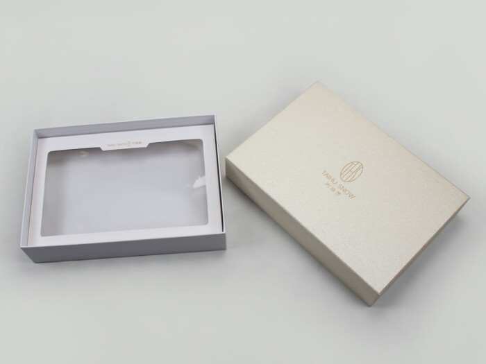 Premium Silk Home Textiles Packaging Boxes Set Lining Detail