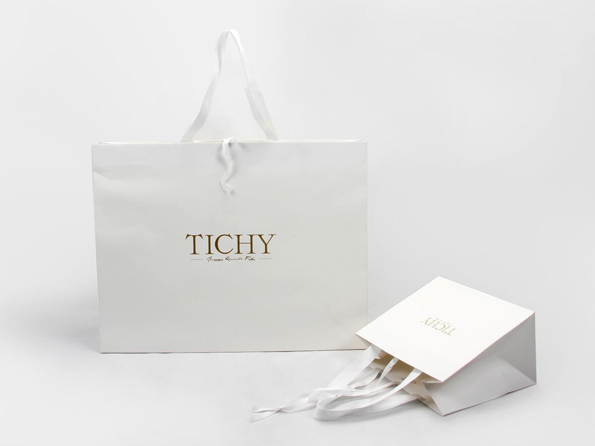 Premium Women Full Embossing Paper Garment Shopping Bags Display