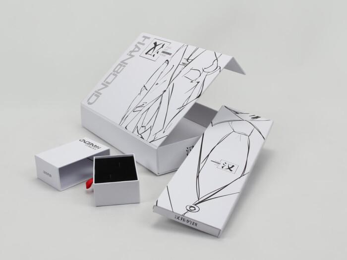 Printed Snow White Garment Paper Boxes Set