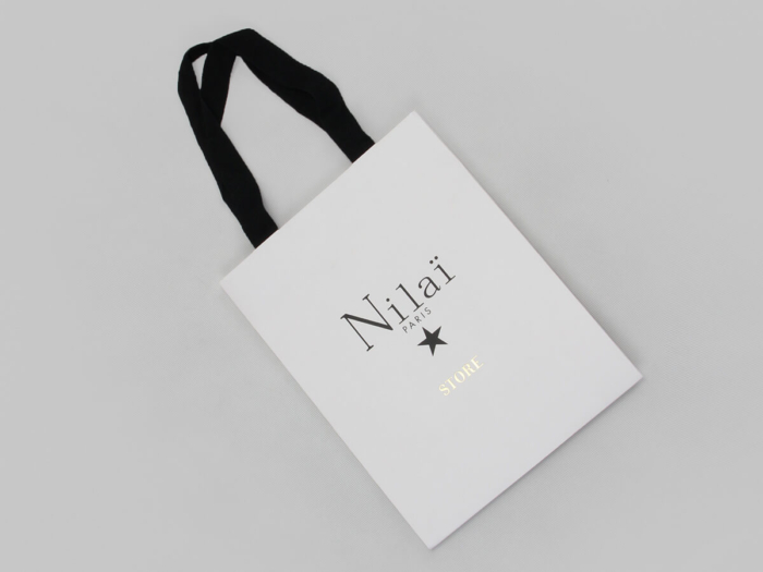 Pure White Jewelry Shopping Paper Bags Folding Way