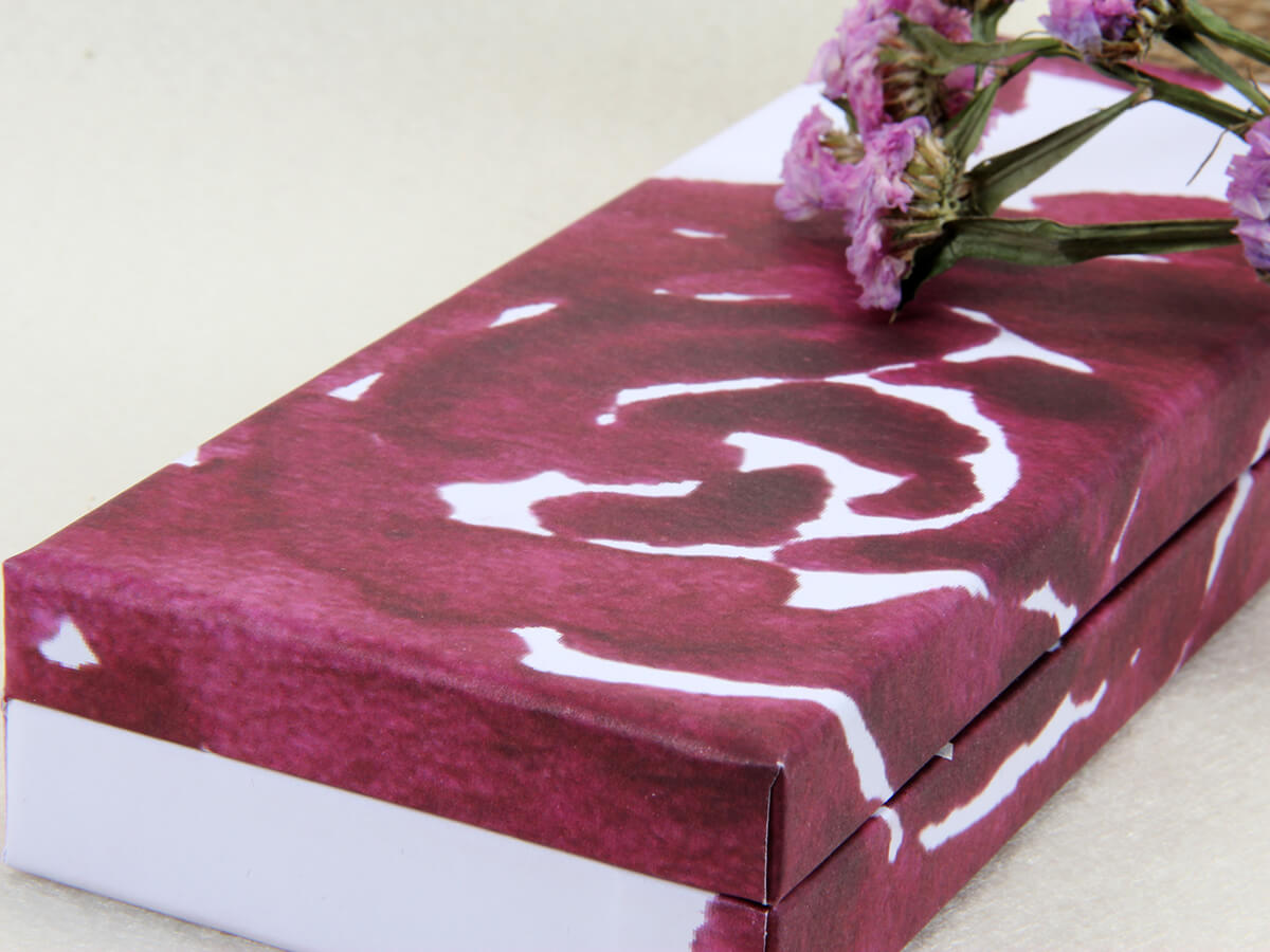 Purple Roses Clamshell Gift Paper Boxes Corner Detail