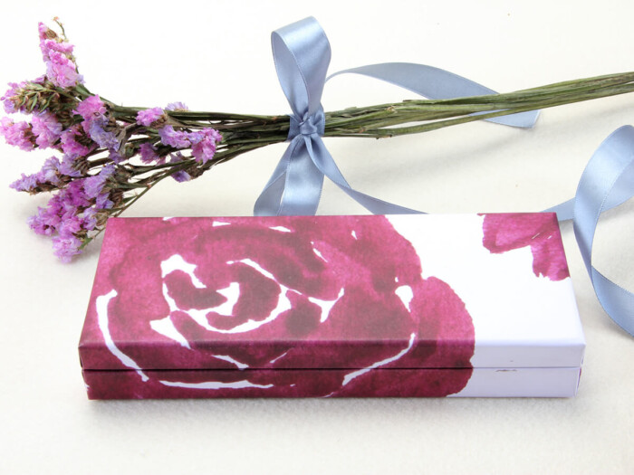 Purple Roses Clamshell Gift Paper Boxes Printed Technique