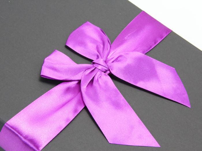 Romantic Flower Gift Boxes Ribbons Detail