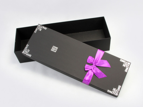 Romantic Flower Gift Boxes With Gross Grain Ribbon