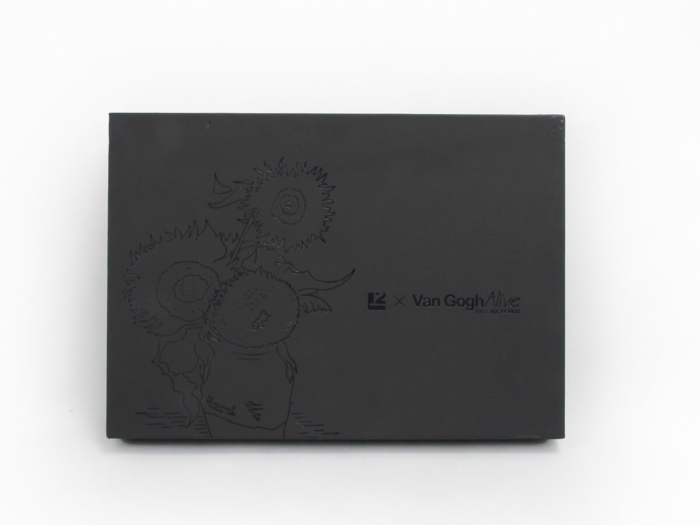 Sunflower Shirt Packaging Boxes Material Display