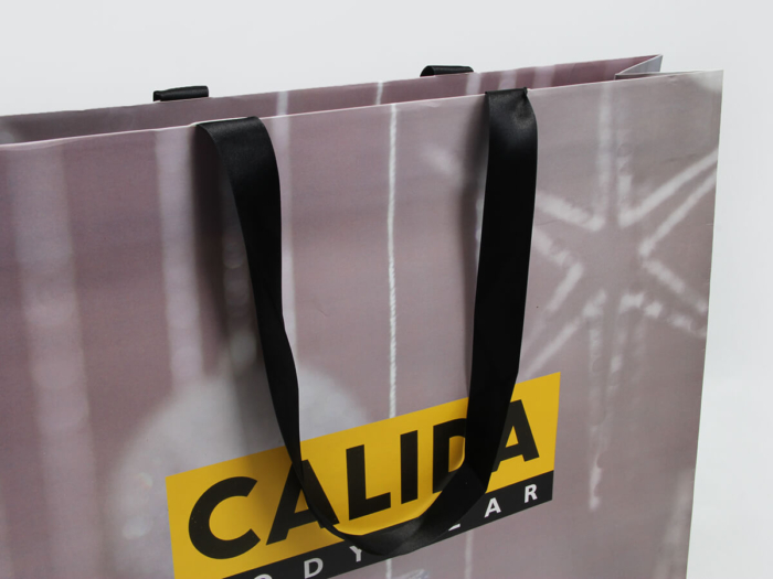Undergarment Shopping Paper Bags Handle Detail