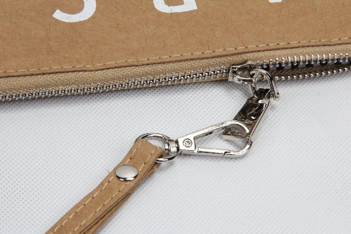 Washable Kraft Paper Cosmetic Bags Zipper