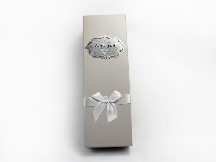 White Day Flower Packaging Boxes Packaging LOGO Printed