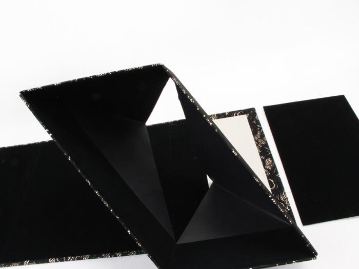 Women Luxury Shoe Packaging Boxes Folding Way
