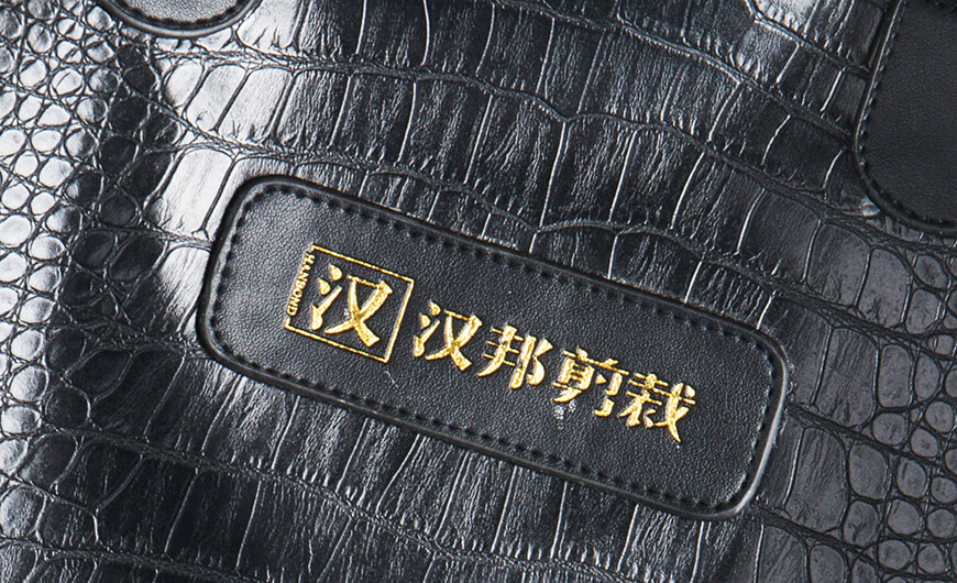 Crocodile PU Leather Carry On Suit Garment Bag Leather Label LOGO