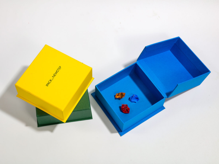 Full Colorful Jewelry Clamshell Packaging Boxes