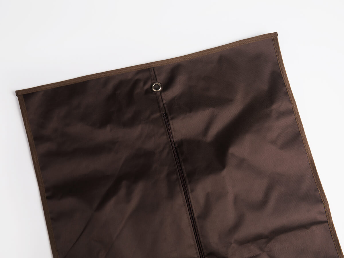 GUCHI 600D Nylon Garment Coat Bag Material Detail