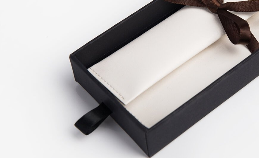 Glasses Packaging Box With Leather Packaging Bag Material