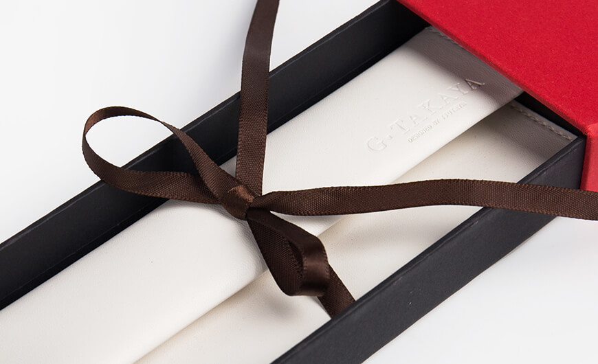 Glasses Packaging Box With Leather Packaging Bag Ribbons Detail