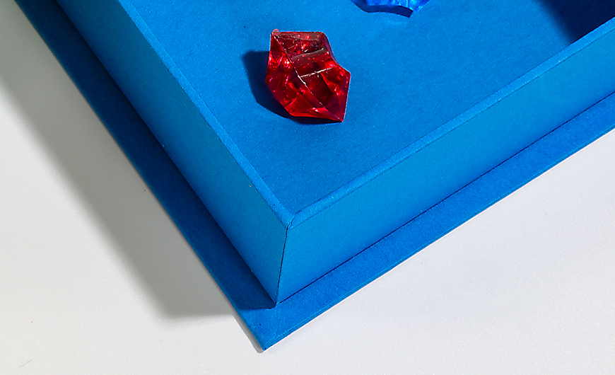 Jewelry Clamshell Packaging Boxes Corner Technique