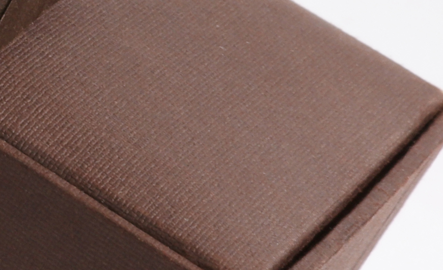 Luxury Garment and Jewelry Packaging Rigid Boxes Bottom Embossing