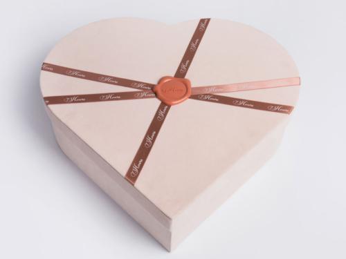 Luxury Love-Shape Shoe Packaging Flannelette Boxes
