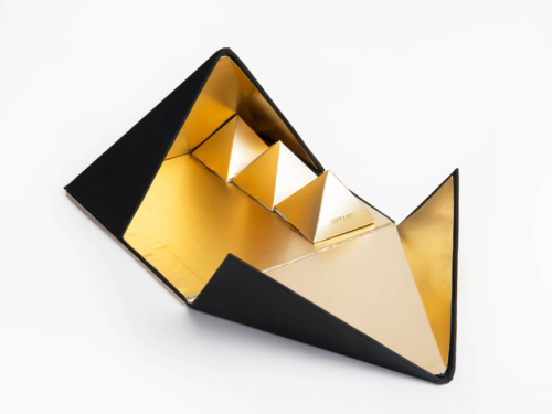 Luxury Pyramid Chocolate Packaging Boxes Open Way