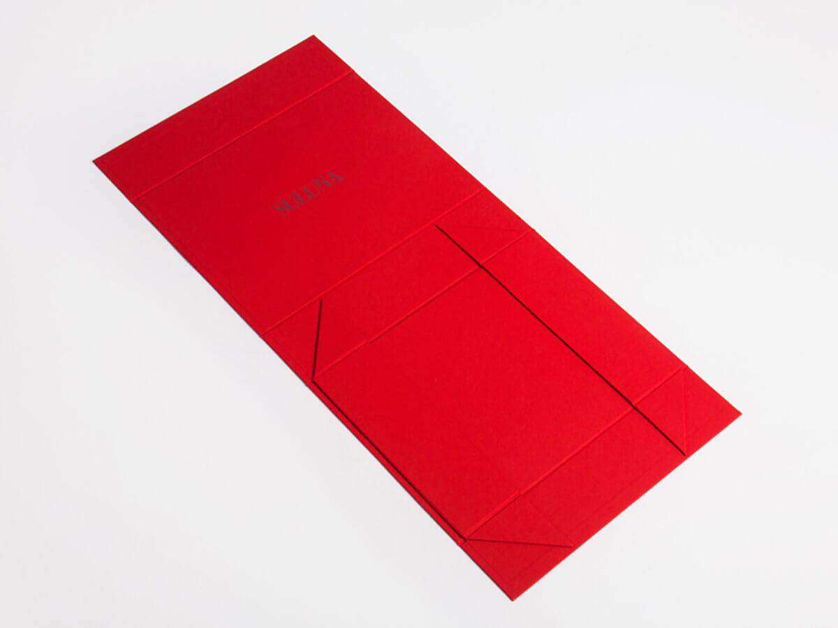 Luxury Underwear Soft Touch Paper Packaging Box Folding Way