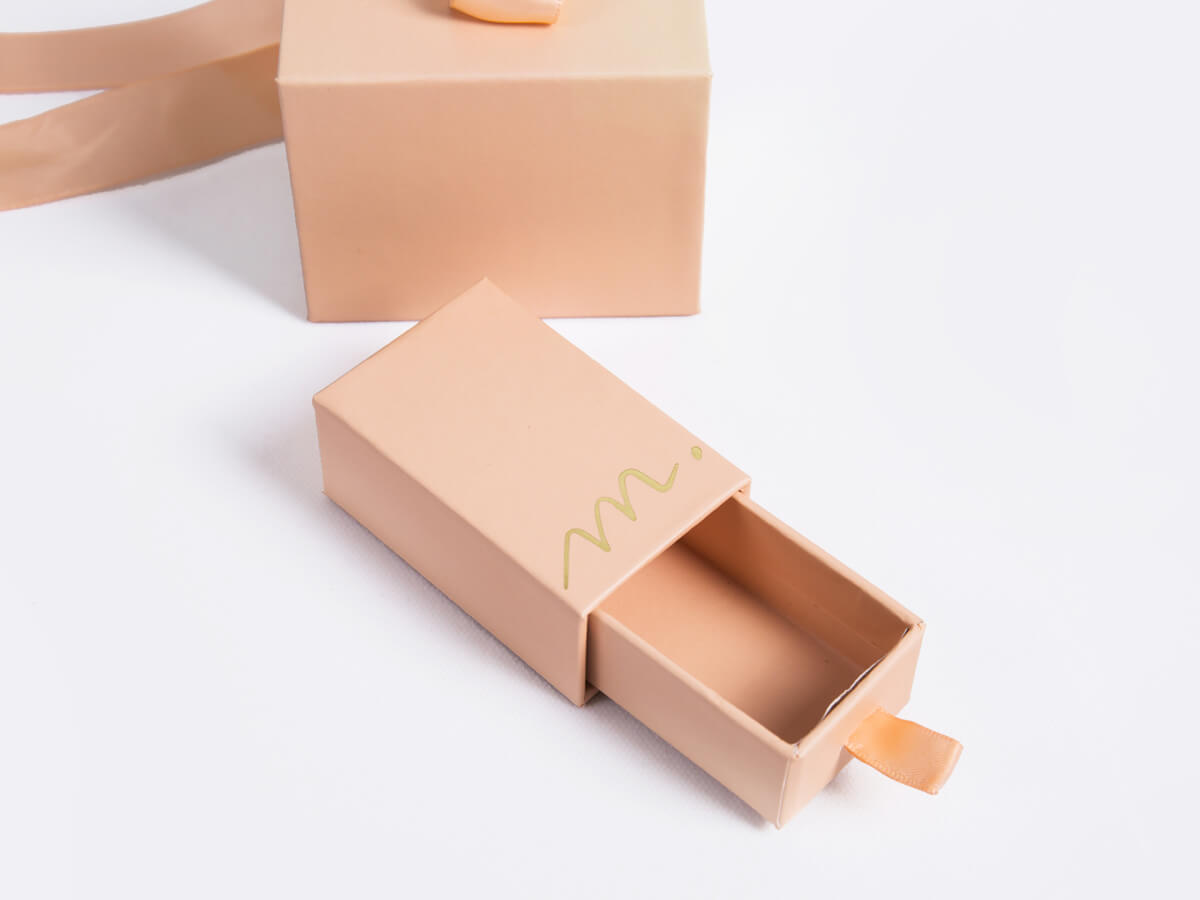 New Products Release Gift Packaging Boxes LOGO Technique