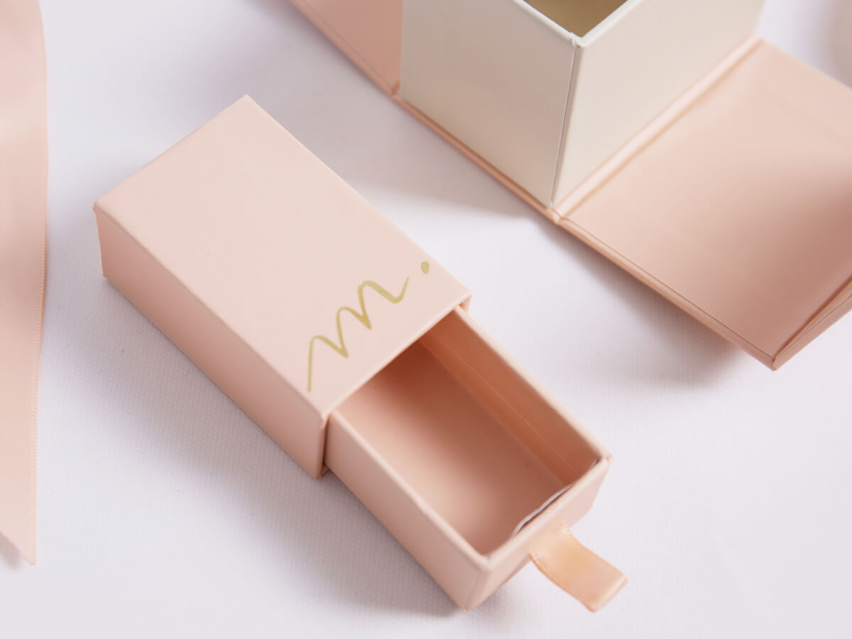 New Products Release Gift Packaging Boxes Material Detail