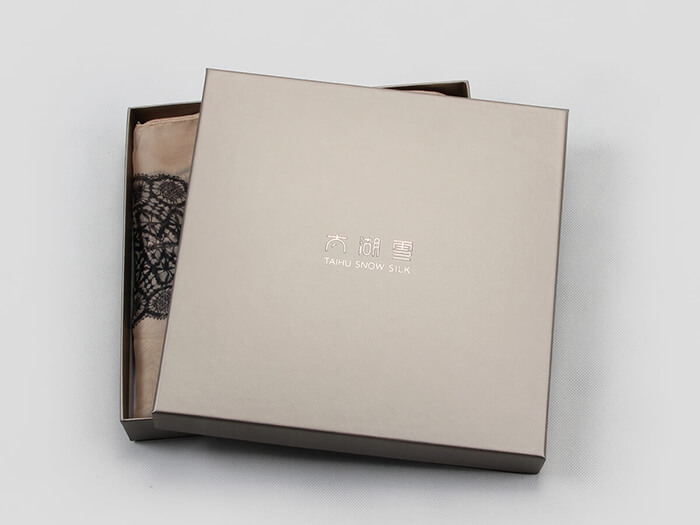 Textured Silk Scarf Gift Paper Boxes