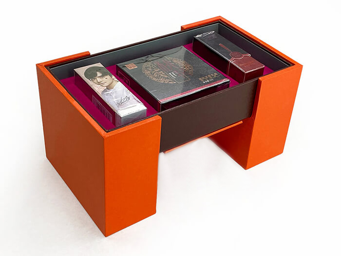 Pull-out Rotating Cosmetic Gift Box Pull-out Rotating Cosmetic Gift Box Bottom Detail Pull-out Rotating Cosmetic Gift Box Display Pull-out Rotating Cosmetic Gift Box Close Luxury Pull-out Rotating Cosmetic Gift Box