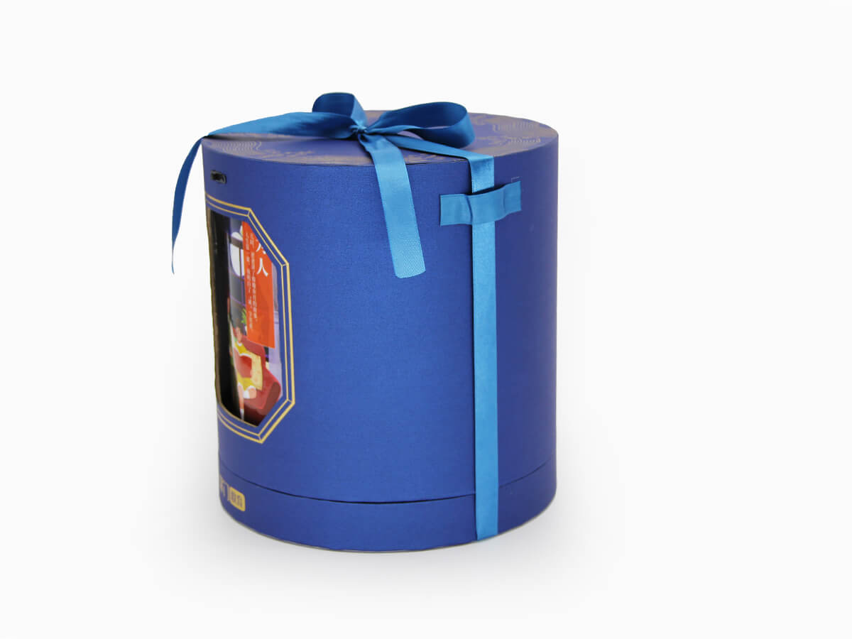 cylinder gift box with spin inner ribbon detail